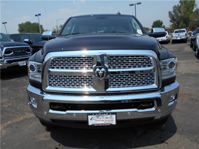 2017 Ram 3500 Crew Cab 4x4, Pickup #HG752051 - photo 3