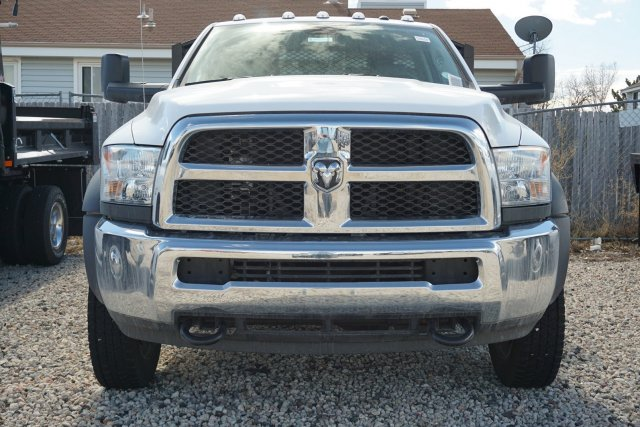 2017 Ram 4500 Regular Cab DRW, Platform Body #HG760836 - photo 5