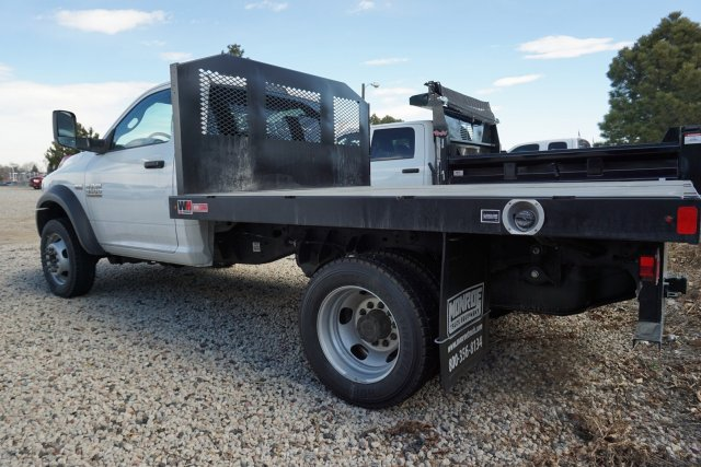 2017 Ram 4500 Regular Cab DRW, Platform Body #HG760836 - photo 3