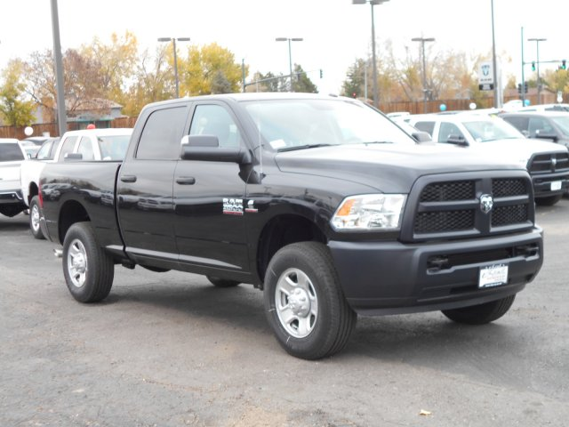 2017 Ram 3500 Crew Cab 4x4 Pickup #HG785811 - photo 3