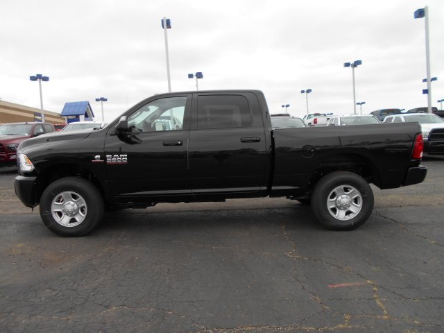 2017 Ram 3500 Crew Cab 4x4 Pickup #HG785811 - photo 5
