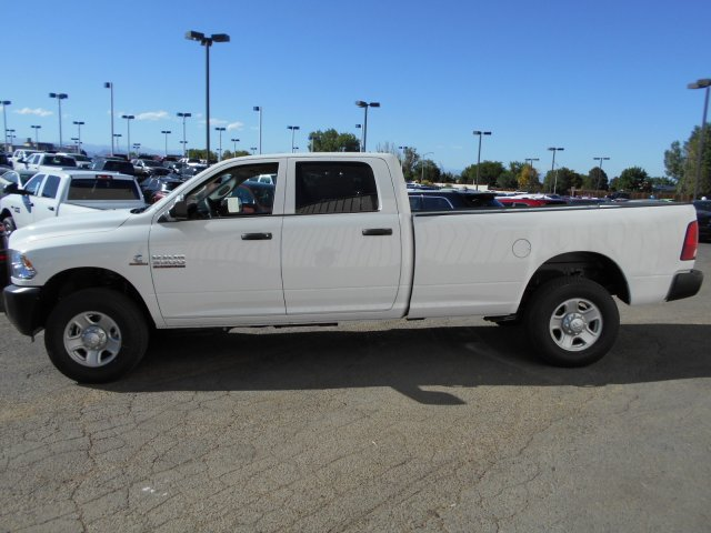 2017 Ram 3500 Crew Cab 4x4, Pickup #HG785812 - photo 4