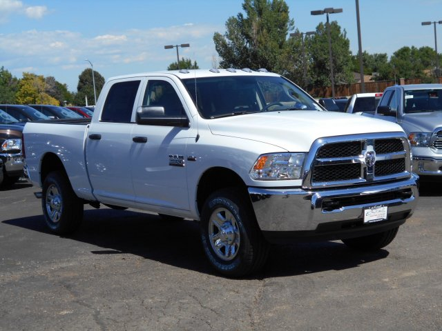 2017 Ram 3500 Crew Cab 4x4, Pickup #HG786066 - photo 5