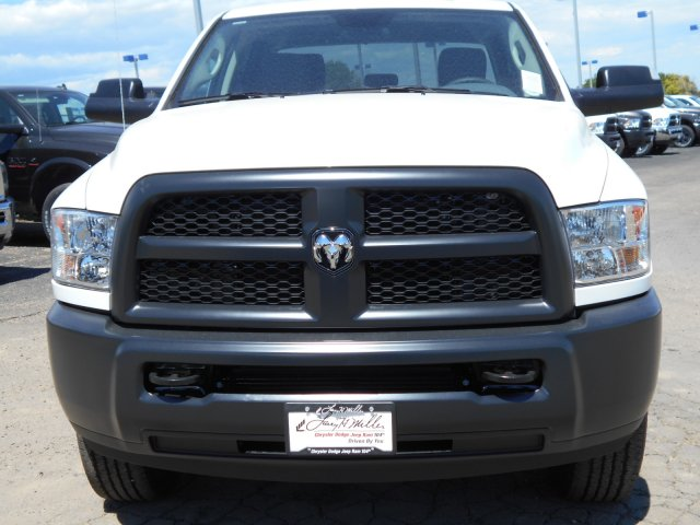 2017 Ram 3500 Crew Cab 4x4 Pickup #HG788638 - photo 4