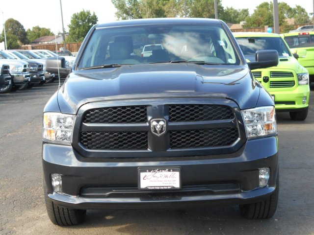 2017 Ram 1500 Quad Cab 4x4 Pickup #HS580986 - photo 3