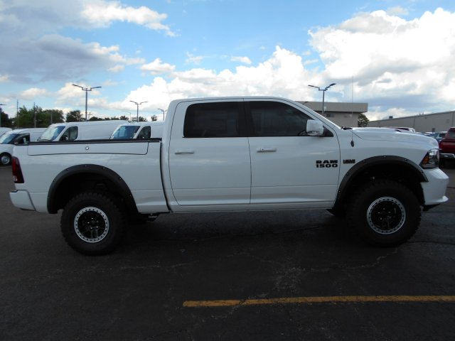 2017 Ram 1500 Crew Cab 4x4,  Pickup #HS619842 - photo 6