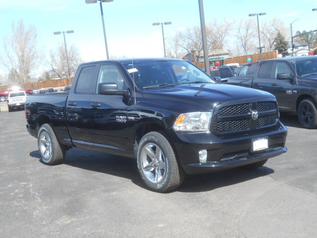 2017 Ram 1500 Quad Cab 4x4, Pickup #HS644629 - photo 3