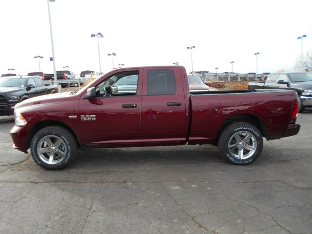 2017 Ram 1500 Quad Cab 4x4, Pickup #HS644635 - photo 5