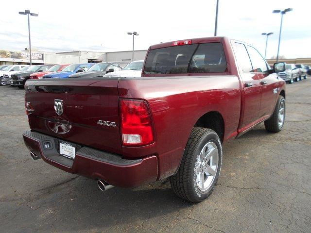 2017 Ram 1500 Quad Cab 4x4, Pickup #HS644635 - photo 2