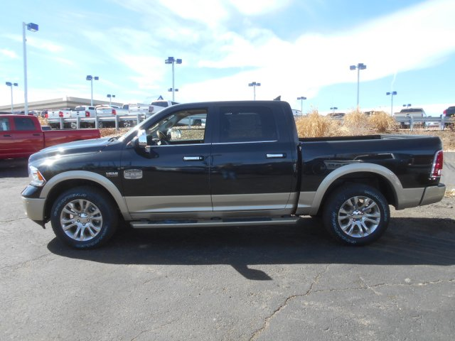 2017 Ram 1500 Crew Cab 4x4, Pickup #HS686757 - photo 5