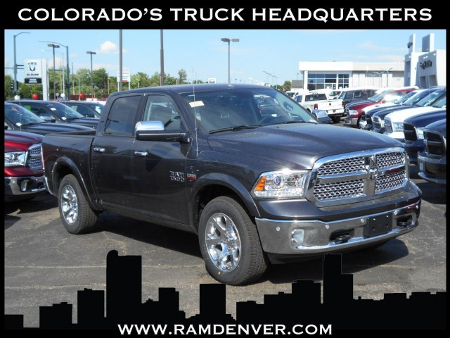 2017 Ram 1500 Crew Cab 4x4 Pickup #HS798962 - photo 1