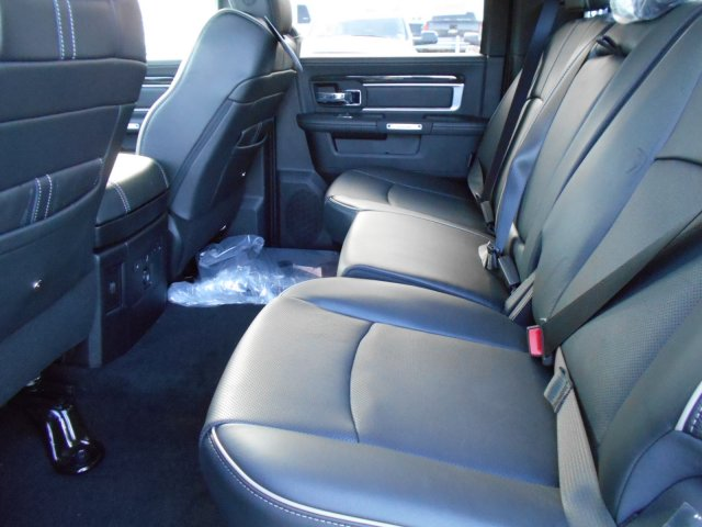 2017 Ram 1500 Crew Cab 4x4, Pickup #HS839057 - photo 10