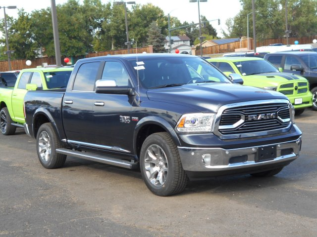 2017 Ram 1500 Crew Cab 4x4, Pickup #HS839057 - photo 6