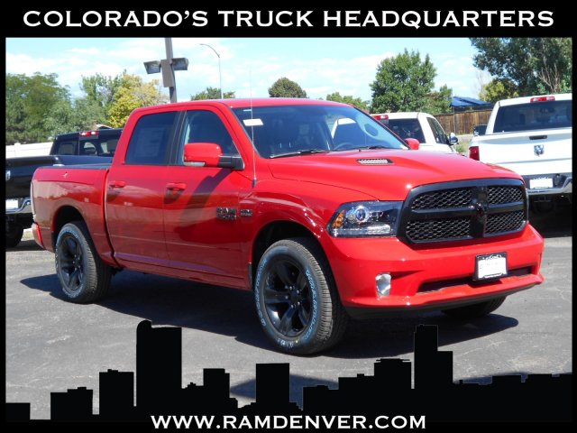 2017 Ram 1500 Crew Cab 4x4 Pickup #HS850349 - photo 1