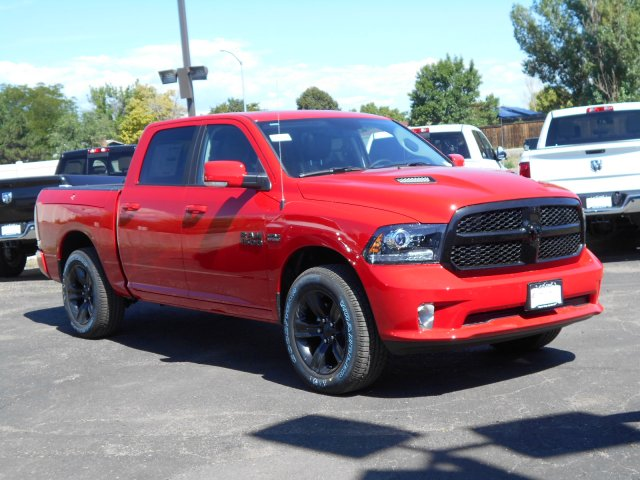 2017 Ram 1500 Crew Cab 4x4 Pickup #HS850349 - photo 3