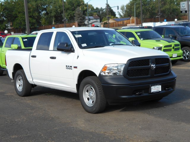 2017 Ram 1500 Crew Cab 4x4, Pickup #HS871049 - photo 6