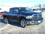 2017 Ram 1500 Crew Cab 4x4, Pickup #HS876428 - photo 3