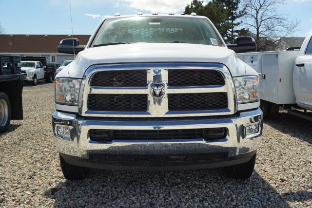 2018 Ram 3500 Regular Cab DRW 4x4, Platform Body #JG100605 - photo 5