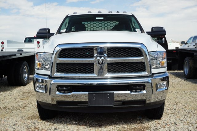 2018 Ram 3500 Regular Cab DRW 4x4,  Knapheide Platform Body #JG100607 - photo 5
