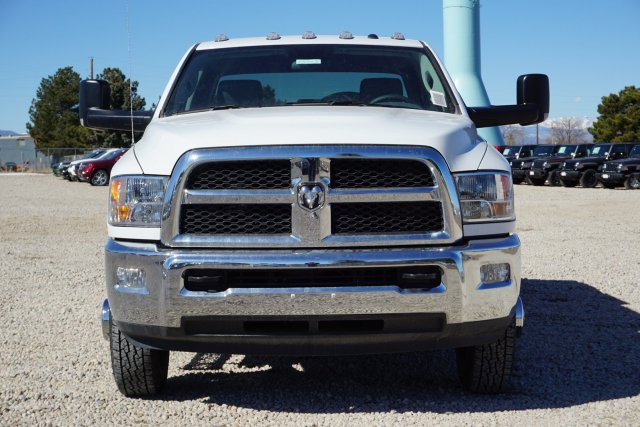 2018 Ram 3500 Crew Cab DRW 4x4, Service Body #JG100608 - photo 5