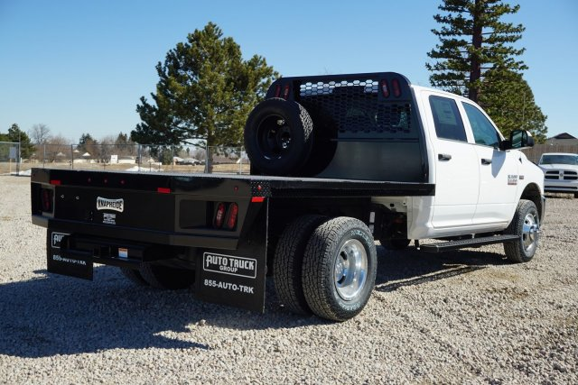 2018 Ram 3500 Crew Cab DRW 4x4,  Platform Body #JG104567 - photo 2