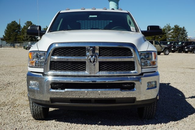 2018 Ram 3500 Crew Cab DRW 4x4,  Platform Body #JG104567 - photo 6