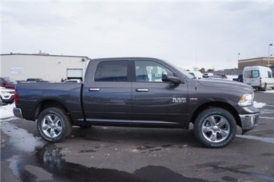 2018 Ram 1500 Crew Cab 4x4, Pickup #JG122852 - photo 3