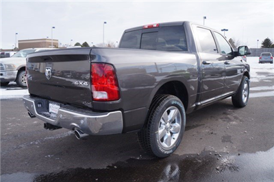 2018 Ram 1500 Crew Cab 4x4, Pickup #JG122852 - photo 2