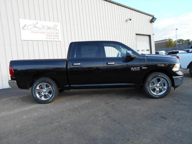 2018 Ram 1500 Crew Cab 4x4 Pickup #JG129685 - photo 7