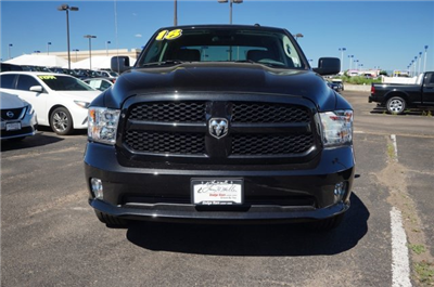 2018 Ram 1500 Crew Cab 4x4,  Pickup #JG129960 - photo 5