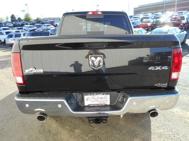 2018 Ram 1500 Crew Cab 4x4, Pickup #JG131173 - photo 6