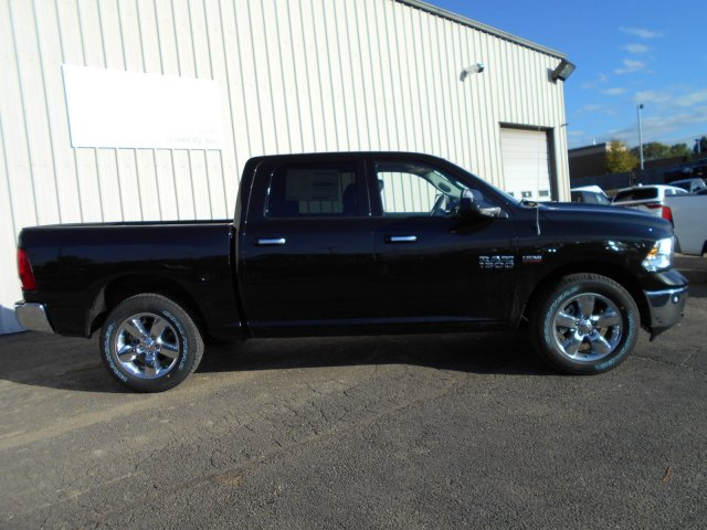 2018 Ram 1500 Crew Cab 4x4 Pickup #JG131173 - photo 7