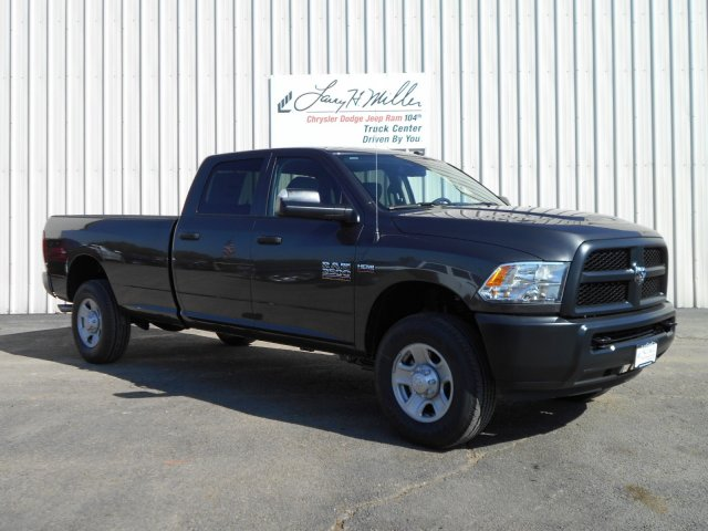 2018 Ram 3500 Crew Cab 4x4, Pickup #JG132754 - photo 6
