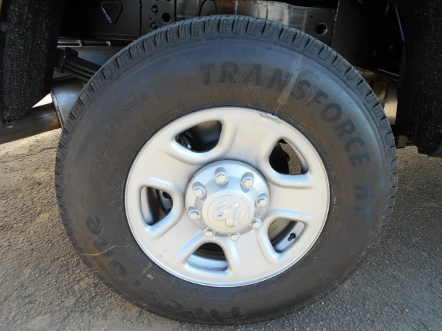 2018 Ram 3500 Crew Cab 4x4, Pickup #JG132754 - photo 8
