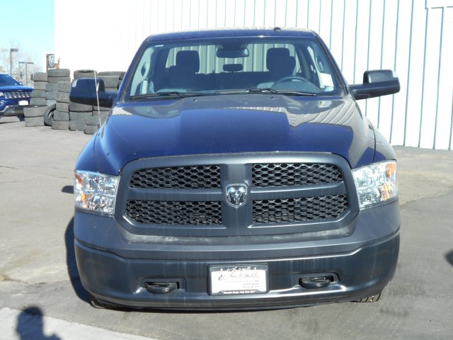 2018 Ram 1500 Crew Cab 4x4, Pickup #JG140076 - photo 4