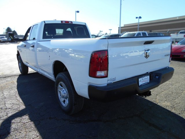 2018 Ram 3500 Crew Cab 4x4, Pickup #JG158967 - photo 2