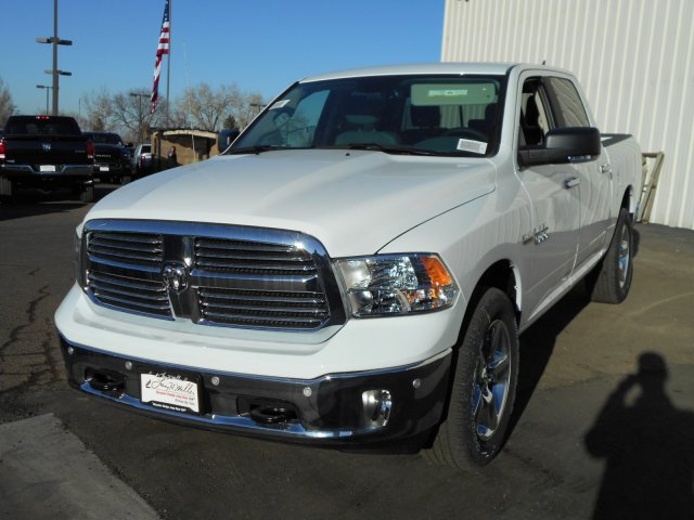 2018 Ram 1500 Crew Cab 4x4, Pickup #JS111099 - photo 4
