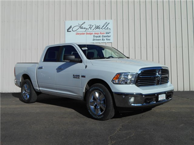 2018 Ram 1500 Crew Cab 4x4, Pickup #JS111100 - photo 3