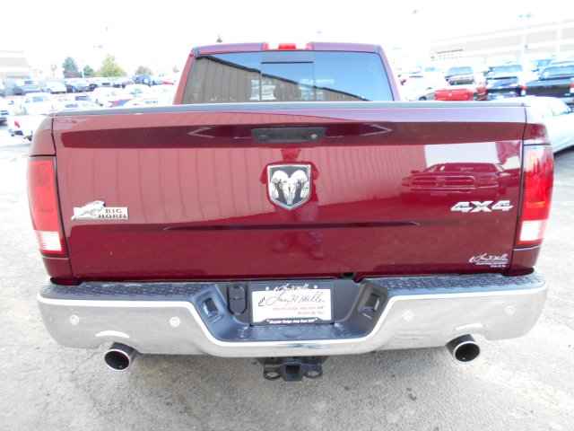 2018 Ram 1500 Crew Cab 4x4, Pickup #JS111104 - photo 6