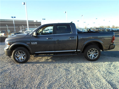 2018 Ram 1500 Crew Cab 4x4, Pickup #JS145033 - photo 5