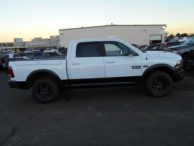 2018 Ram 1500 Crew Cab 4x4, Pickup #JS164083 - photo 7