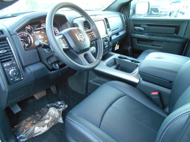 2018 Ram 1500 Crew Cab 4x4, Pickup #JS164083 - photo 11