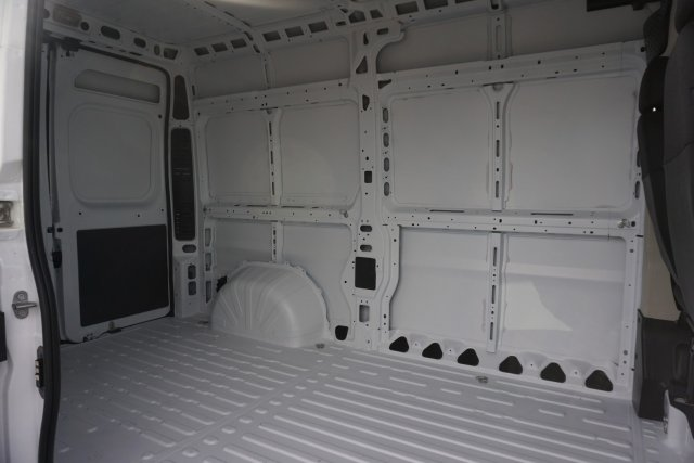 2019 ProMaster 1500 High Roof FWD,  Empty Cargo Van #KE501238 - photo 2