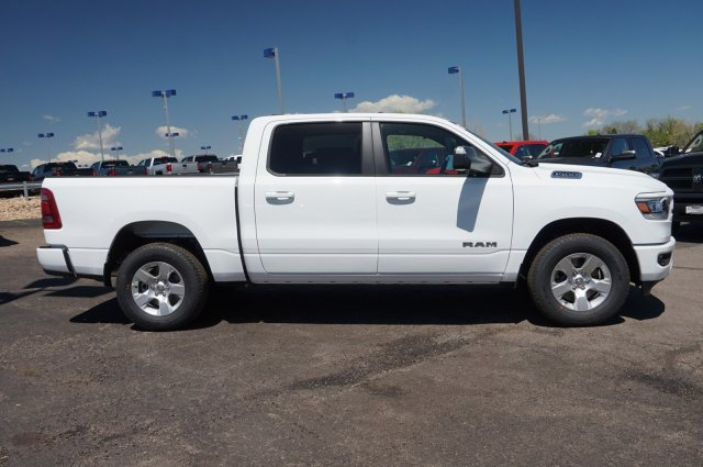 2019 Ram 1500 Crew Cab 4x4,  Pickup #KN520484 - photo 3
