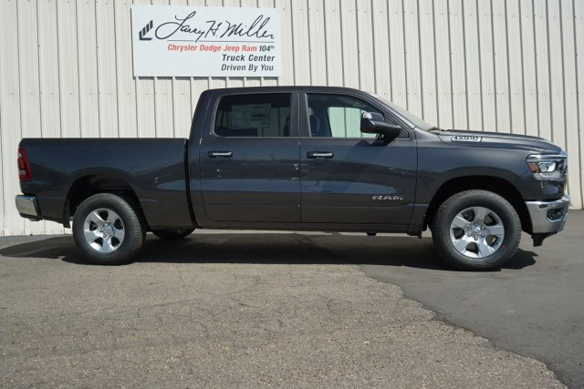 2019 Ram 1500 Crew Cab 4x4,  Pickup #KN536486 - photo 3