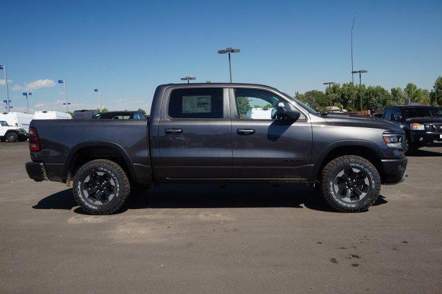 2019 Ram 1500 Crew Cab 4x4,  Pickup #KN559488 - photo 4