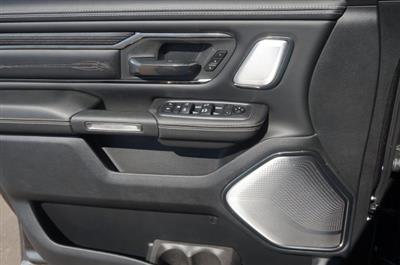 2019 Ram 1500 Crew Cab 4x4,  Pickup #KN620615 - photo 3