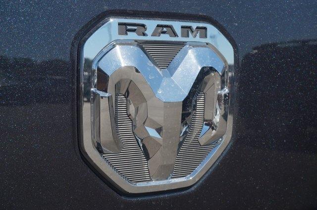 2019 Ram 1500 Crew Cab 4x4,  Pickup #KN651501 - photo 10