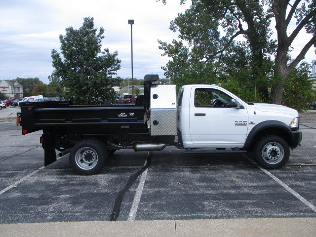 2017 Ram 5500 Regular Cab DRW 4x4 Dump Body #D171176 - photo 10