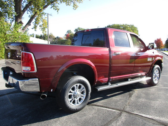 2018 Ram 2500 Crew Cab 4x4 Pickup #D180054 - photo 2